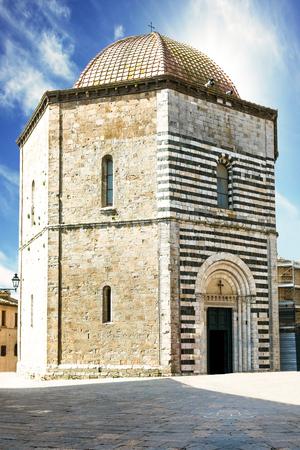 volterra: San Giovanni Baptistery in Volterra, Tuscany, Italy.
