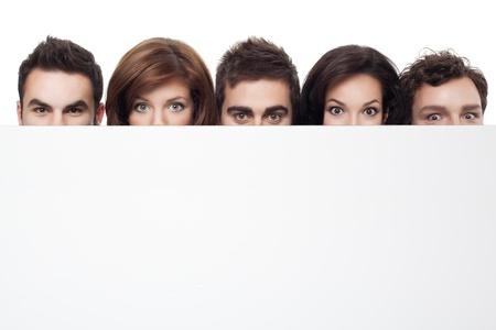 occhi grandi: grandi occhi mostrando dietro copiare lo spazio per la pubblicit� Archivio Fotografico