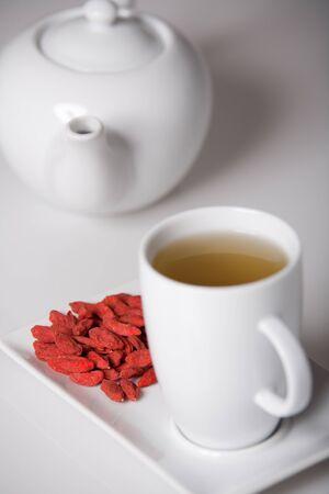 simple presentation for goji fresh antioxidant tea photo