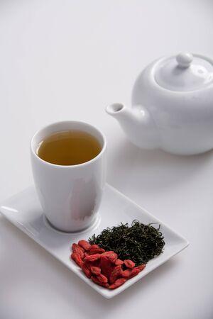 goji: simple presentation for goji fresh antioxidant tea