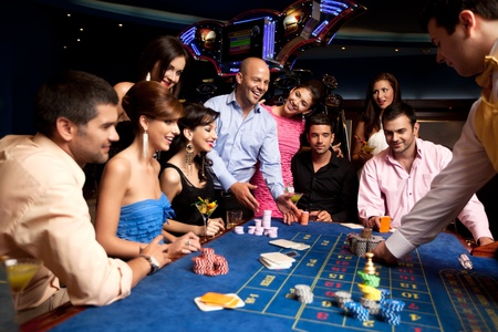 gambling game: group with winning player getting his chips