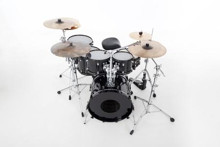 tambor: estudio de la imagen de los tambores en el fondo blanco