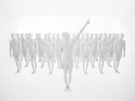 piramide humana: galán vestido de blanco, con multitud de personas