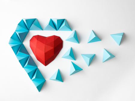 polyhedron: opening  heart shape polygonal paper