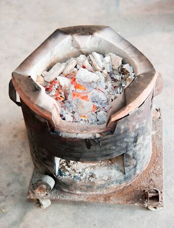 barbecuing: preparing for outdoors barbecuing, charcoal in usable condition