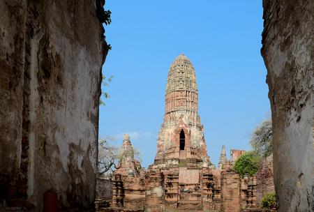 buddhist stupa: Ancient Buddhist stupa of Wat Chai Watthnaram Ayutthaya, Thailand.