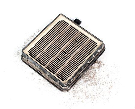 aire acondicionado: Cabina usada filtro de aire acondicionado sucio aislado sobre fondo blanco Foto de archivo