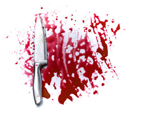 Concept Halloween night,bloody knife with blood splatter isolated on white Banque d'images