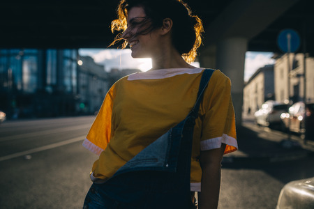 walk on the summer city 版權商用圖片