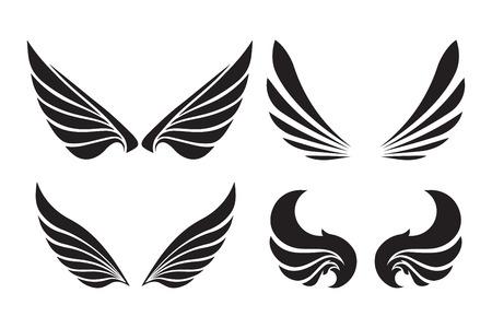 白で隔離される装飾的なベクトルの翼の 4 ペアのセットです。  イラスト・ベクター素材