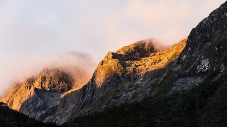 milford: Sunset in Milford Sound