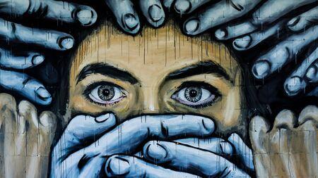 Street art op de Teufelsberg Site in Berlijn