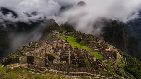 inca ruins: the famous inca ruins of machu picchu in peru Editorial