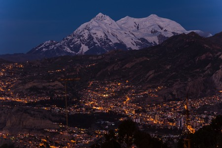 la paz located at roughly 4000m in the mountains of bolivia Stock Photo