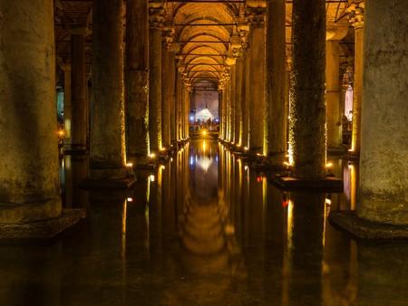aljibe: cisterna de la basílica en Estambul