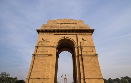 india gate: india gate in new delhi
