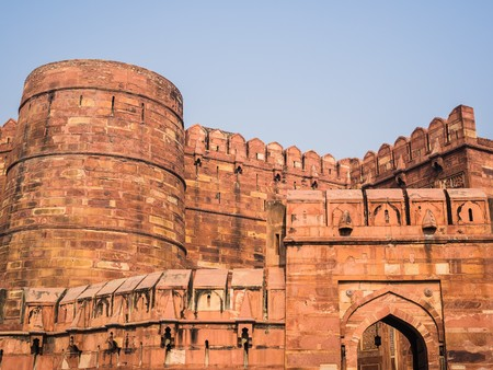 mughal architecture: The Red Fort in Agra