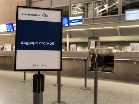 drop off: Frankfurt, Germany - February 27, 2016 - baggage drop off at the frankfurt airport