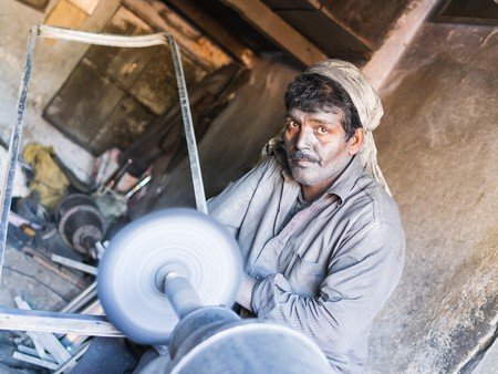 nagpur: jaipur, india - december 29, 2015 - hard working man