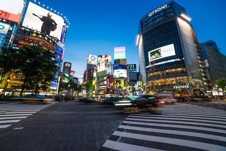 paso de peatones: tokyo, Japan - Circa May 2016 - People on the shibuya crossing Editorial