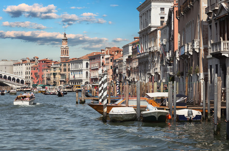 rialto bridge: Italy. Venice. Grand Canal. View of the Rialto bridge Editorial