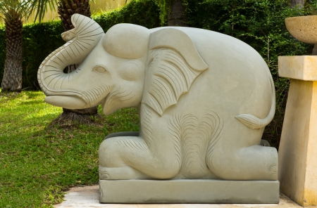 gray stone elephant statue photo