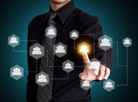 redes de mercadeo: Tecnología de pantalla táctil con el concepto de red social Foto de archivo