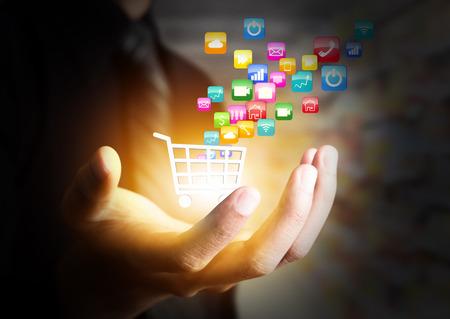 Kleurrijke applicatie icoon concept en de winkelwagen