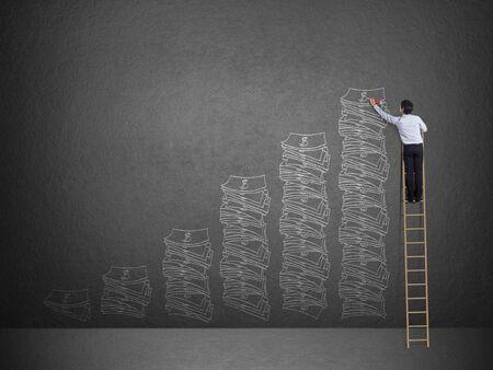 사다리 그리기 아이디어 비즈니스 사람은 벽에 돈 개념입니다 스톡 콘텐츠