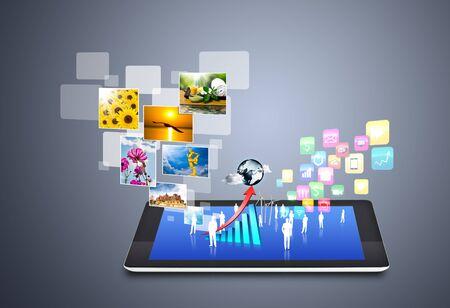 icono computadora: La tecnolog�a inal�mbrica moderna y iconos de redes sociales Foto de archivo