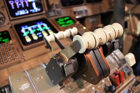 boeing 747: livellatori spinta aviogetti