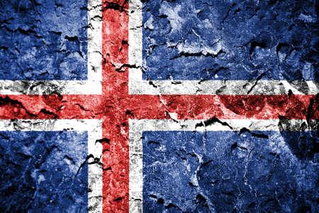 flag of iceland: Islandia bandera pintada en la pared del grunge Foto de archivo