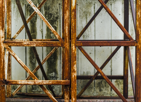 corrode: Structure,The rust