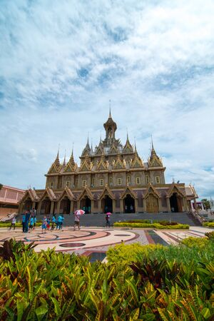 thani: Uthai Thani, Thailand - August 12, 2016: On Mothers Day,Tourists are walking in gounds of Wat Thasung or Wat Chantaram in Uthai Thani Province, Thailand. Editorial