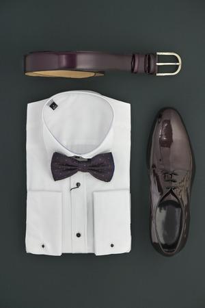 gentleman: Elegant accessories that a man should have