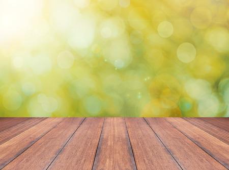 mesa de madera: otoño de fondo abstracto y perspectiva tablón de madera