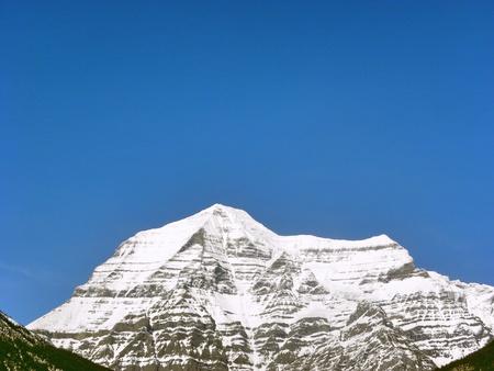 mount robson peak