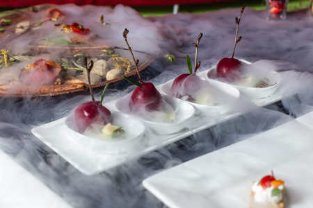 Snack in the form of cherries, catering, fine dining-3.
