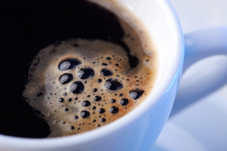 tazas de cafe: Primer plano de una maravillosa taza de café