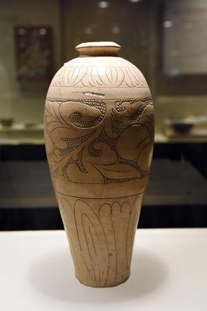 glaze: Pearl white glaze ground vase Editorial