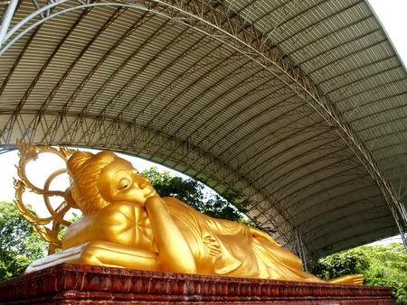 tam: Wat tam sang phet temple , Amphoe Mueang Amnat Charoen , thailand