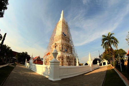 th� ¨: Tha Phra That Uthen chedi, Wat Phra Tha Uthen, Tha Uthen District, Nakhon Phanom, Nakhon Phanom, Thailandia Archivio Fotografico