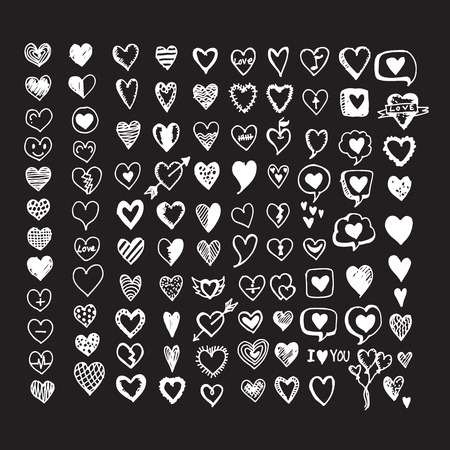Hearts icon set. Hand drawn Illustration Vettoriali