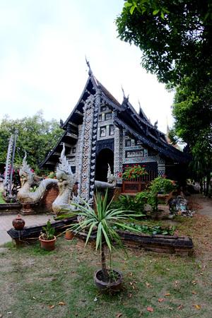 molee: Wat Lok Molee , chiangmai ,thailand