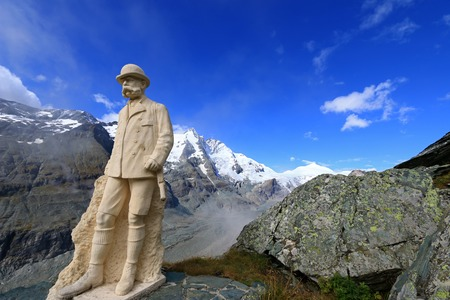 grossglockner: Statue of Kaiser Franz Joseph I with the view of Grossglockner mountain range in the background at Grossglockner, Austria on September 16, 2014. Franz Josef I  Francis Joseph I was Emperor of Austria and he visited this place in 1856. Grossglockner is the