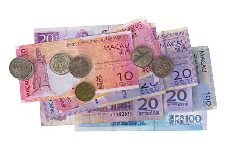 Verschillende Macau bankbiljetten munten geld, Macanese Pataca (MOP), 10 20 100 geïsoleerd op een witte achtergrond
