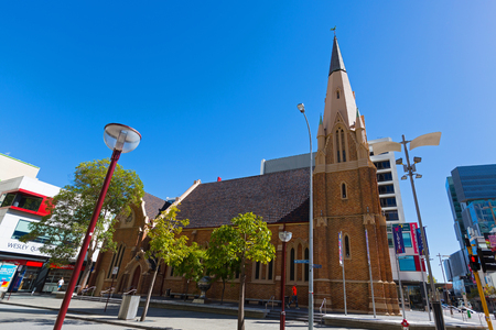 PERTH, AUSTRALIA - FEBRUARY 2018 : Exterior of Wesley Church, a Uniting Church in the City of Perth, Western Australia on February 24, 2018. It is located on William and Hay Street. Редакционное
