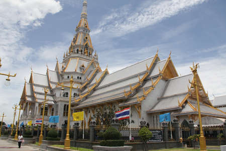 placidity: Buddhist temples in Thailand. Editorial