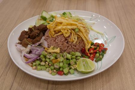 새우 페이스트, 태국 스타일과 섞인 쌀