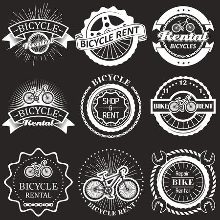 Alquiler de bicicletas vintage insignias, etiquetas, emblemas y logotipos. Ilustración monocromática de vector. Tipografía de alquiler, taller y reparación de bicicletas. Logos